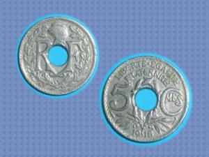 Tres rare : pièce de 50 cts – 1918 – trouee !