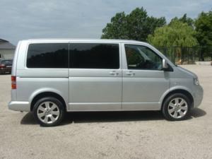 Volkswagen transporter combi court 1.9 tdi 102 9pl