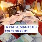 LA VALISE MAGIQUE INCROYABLE +229 63 39 25 31 (Revues Manuels Catalogues Publicités(auto)) - Revues Manuels Catalogues Publicités(auto) neuf et d'occasion - Achat et vente