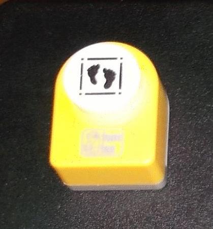 Achat : Scrapbooking - perforatrice - motif pieds- tom tas  (Autres jeux créatifs) - Autres jeux créatifs neuf et d'occasion - Achat et vente