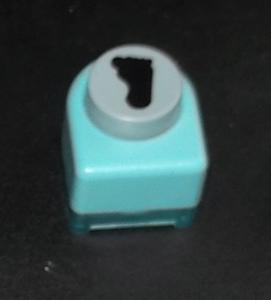 Scrapbooking - perforatrice - motif pied