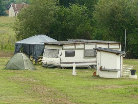 Achat : Caravane sur terrain de camping**  (Locations vacances) - Locations vacances neuf et d'occasion - Achat et vente