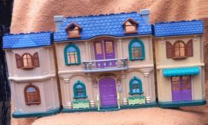 Maison victorienne wonderful street 1620