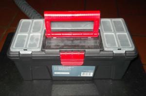 Caisse de rangement / boite à outils