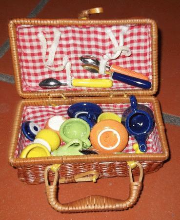 Achat : Dinette en céramique et sa valisette  (Dînettes et cuisinières) - Dînettes et cuisinières neuf et d'occasion - Achat et vente