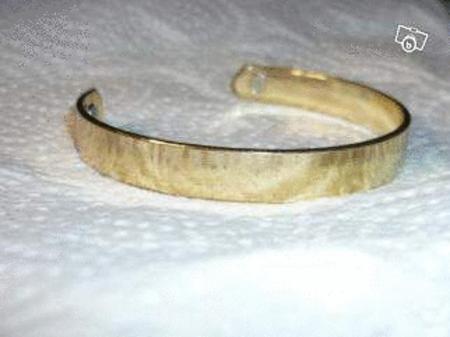Achat : Bracelet bio-magnetic therapeutique  (Bracelets) - Bracelets neuf et d'occasion - Achat et vente