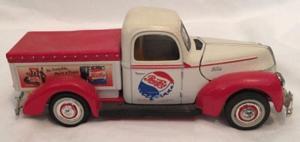 Camionnette ford 1940 pub pepsi cola collection