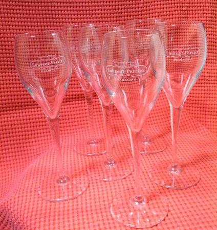 Achat : 2 verres tulipe flutes champagne laurent perrier  (Verres) - Verres neuf et d'occasion - Achat et vente